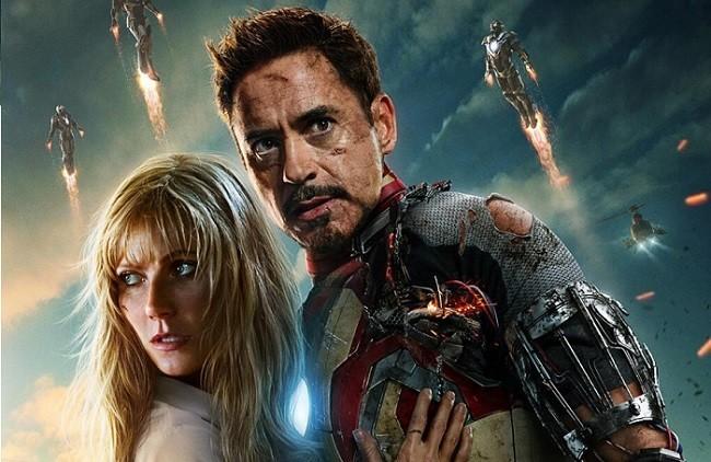 Imagen con un cartel de 'Iron Man 3'
