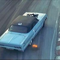 Este Chevrolet Impala del '64 no es el típico coche de drifting, pero va de lado como el mejor