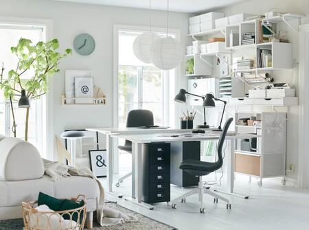 Mobiliario de oficina de Ikea.