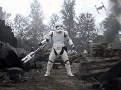 Desvelada la identidad de TR-8R, el stormtrooper más popular en Internet - la imagen de la semana