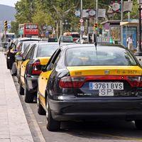 """El sector del taxi le da un toque a Fomento: ante la política del parche, """"se empeorará la situación"""""""