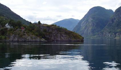Viaje a los fiordos a través de un vídeo fotográfico
