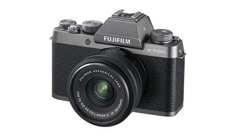 Hoy en Amazon, tienes la Fuji X-T100 con objetivo 15-45 por sólo 499 euros