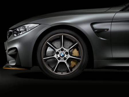 BMW M4 GTS, el primer auto de producción con rines de fibra de carbono