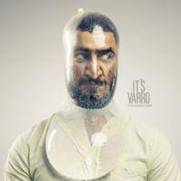 Preservativos llenos de agua explotando en la cara de modelos, el nuevo proyecto fotográfico de Andreas Varro