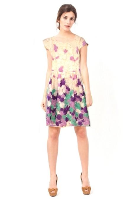 Vestido corto con flores