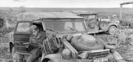 ¿Resucitar al Kübelwagen para electrificarlo? Volkswagen ya se lo está pensando tras la expectación del I.D BUZZ