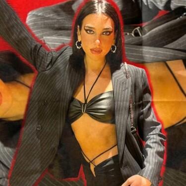 Con blazer, topa bandeau y pantalones de tiro bajo: el último look de Dua Lipa demuestra que no hay estilo que se le resista