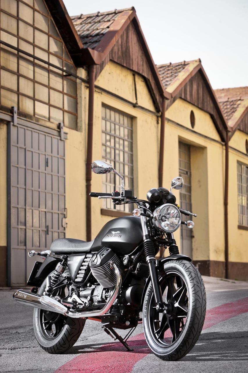 Foto de Moto Guzzi V7 Stone (20/57)
