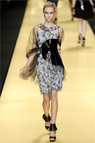Foto de Karl Lagerfeld en la Semana de la Moda de París Primavera-Verano 2009 (24/32)