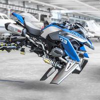 BMW imagina junto a Lego cómo debe ser la moto voladora del futuro: Hover Ride Concept