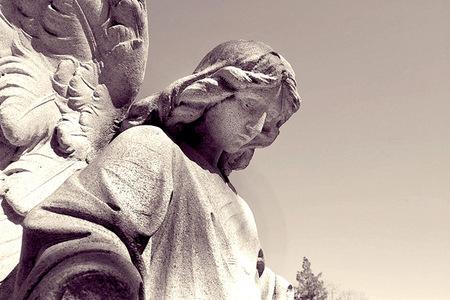 """Un """"ángel"""" salvó la vida de un bebé que nació en la calle"""