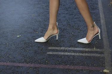 Tendencias low-cost Primavera-Verano 2013: en rebajas adquiere un zapato blanco para tu zapatero