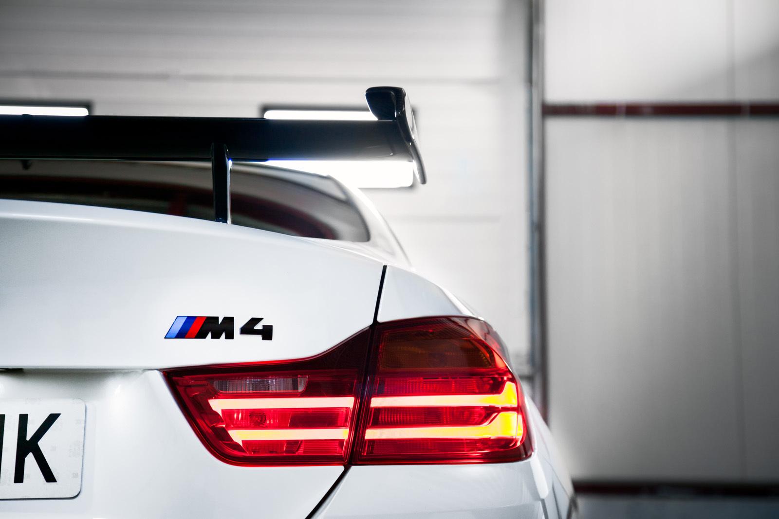 Foto de BMW M4 CS (59/60)