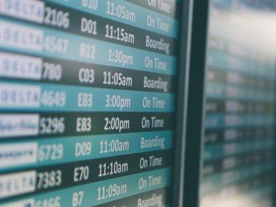 Un fallo informático en el check-in de los aeropuertos está provocando colas en más de 125 aerolíneas de todo el mundo