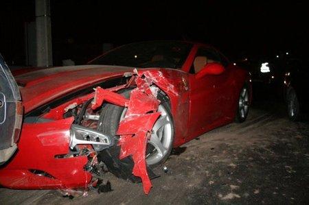 Ferrari California accidente 2
