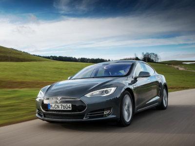 Tesla tiene una batería de 100 kWh en camino