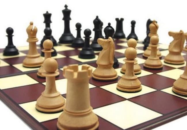 Las cifras m s alucinantes del ajedrez for Ajedrez gigante para jardin
