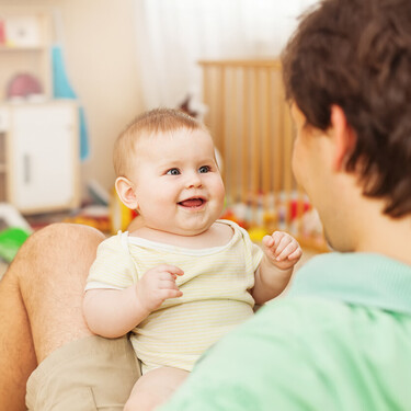 Los bebés prefieren que usemos 'el lenguaje de los bebés', estén aprendiendo un idioma o dos