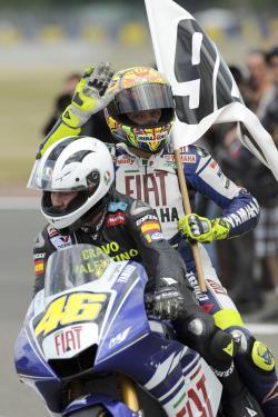 La celebración de Rossi y Nieto: GRACIAS