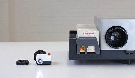 Projecteo, disfruta de tus fotos de Instagram en un proyector en miniatura