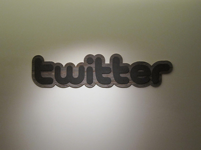Twitter ingresará 350 millones y vale 5.200… ¿Alguien dijo burbuja?