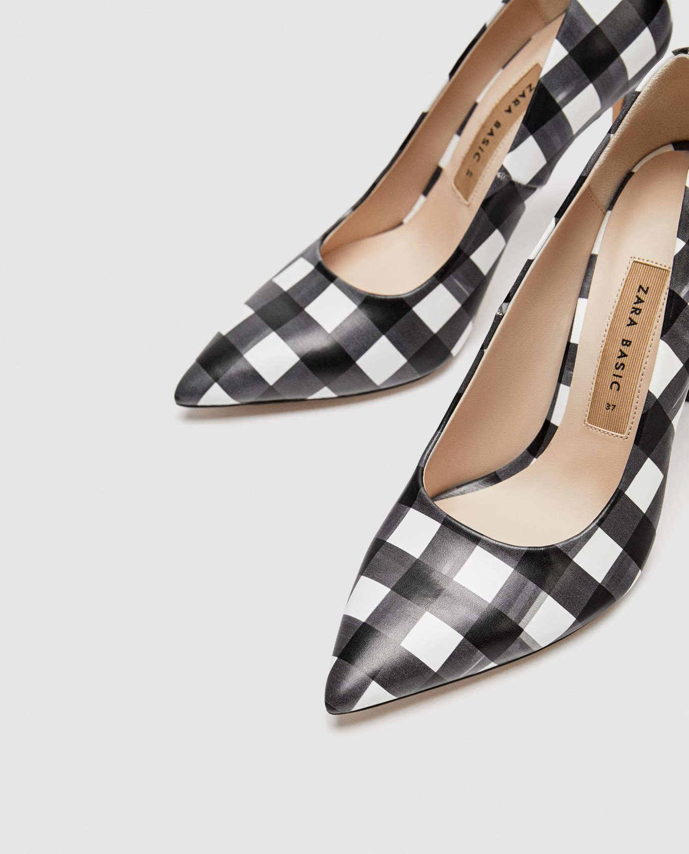 71c10f1a8d8 Los zapatos de Zara para este verano 2018 son así de llamativos