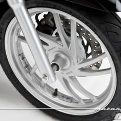 Foto 17 de 81 de la galería honda-scoopy-sh125i-2013-prueba-valoracion-galeria-y-ficha-tecnica-fotos-detalles en Motorpasion Moto