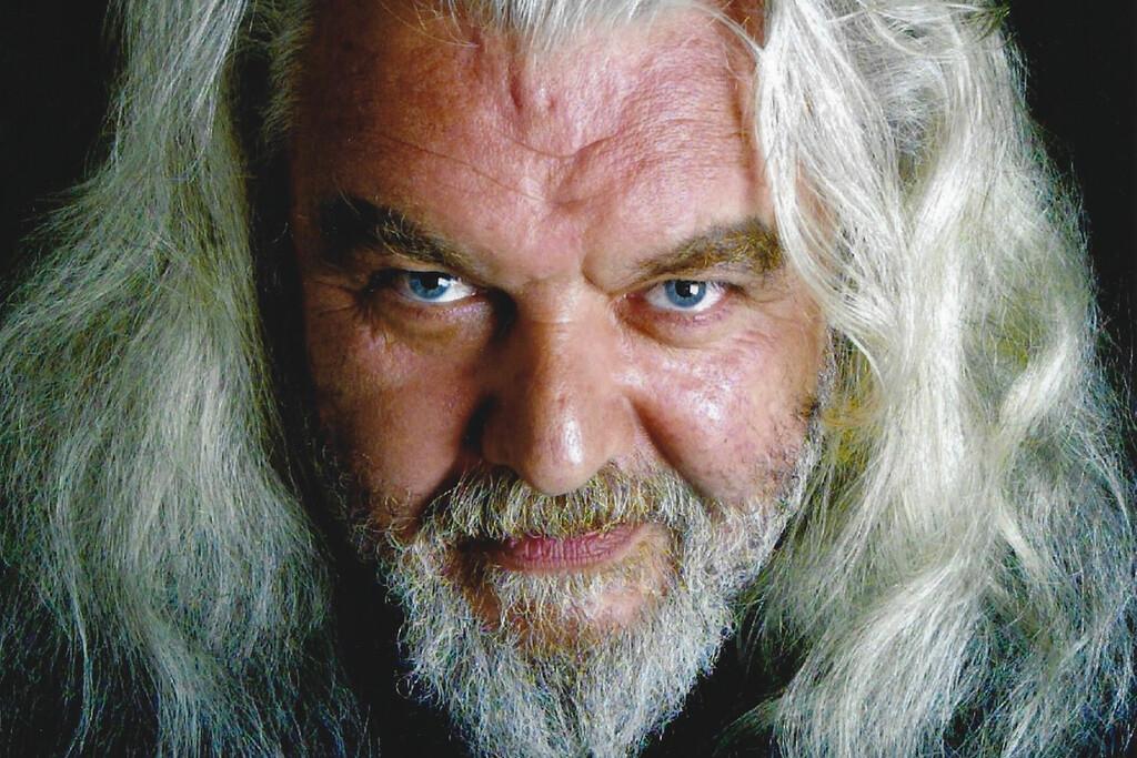 Muere Hugh Keays-Byrne, el actor australiano tras los icónicos villanos Toecutter e Immortan Joe de la saga 'Mad Max', a los 73 años