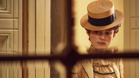 Keira Knightley se convierte en Colette en el 'biopic' feminista del año: aquí tenemos el tráiler