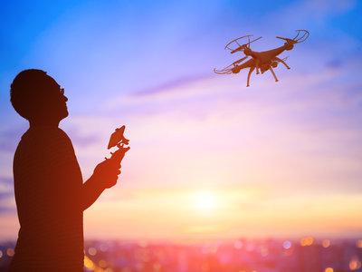 Los drones le han quitado el puesto a la cometa en el kitesurf... y no es el único deporte cambiando para siempre
