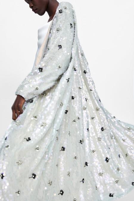 Zara tiene en su nueva colección estas 7 prendas de fiesta perfectas para ser la invitada ideal