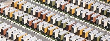 La perfecta simetría de estos condominios esconde las verdaderas desigualdades en México
