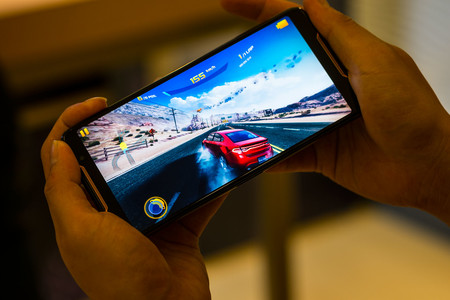 ASUS ROG Phone en cinco claves: trasladando la experiencia con portátiles gaming al mundo de los móviles