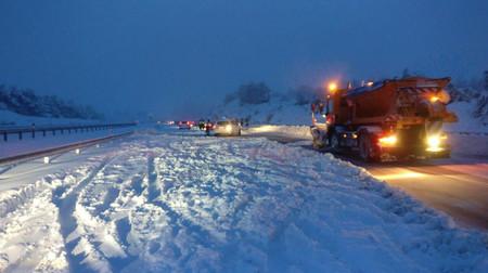 El caos de la AP-6 hace evidente la falta de un protocolo de actuación más eficaz en caso de nevada