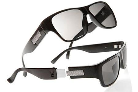 Gafas de sol Calvin Klein con memoria USB incorporada