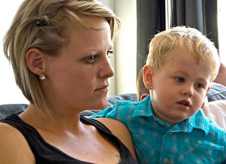 De niños que viven pegaditos a sus madres
