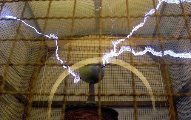 La bobina de Tesla que puedes encontrar en el Observatorio Griffith en Los Ángeles