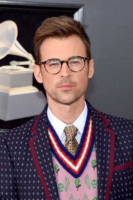 Brad Goreski Se Enfunda En Optimismo Sartorial De Gucci Para Los Premios Grammy