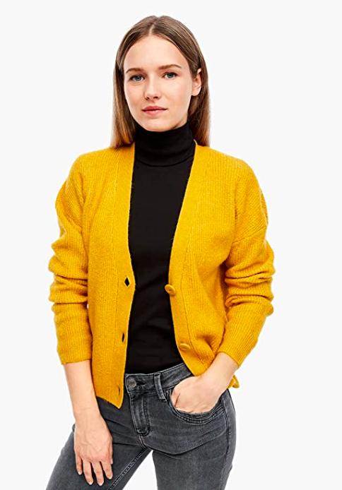 Cárdigan de punto amarillo