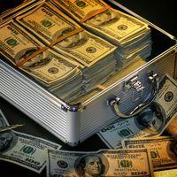 Los ricos se hartan de soportar tipos negativos, y pasan a la acción