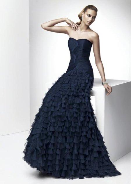 ¿Invitada? Con los vestidos de fiesta de Pronovias 2012 deslumbrarás