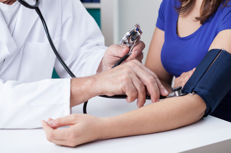Tensión o presión arterial baja en el embarazo: por qué sufres mareos y cómo controlarla