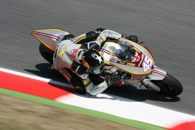 Scott Redding rozando