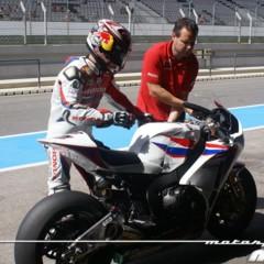 Foto 71 de 127 de la galería entrenamientos-desde-boxes-en-portimao en Motorpasion Moto