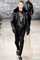 Yves Saint Laurent Otoño-Invierno 2012/2013 en la Semana de la Moda de París