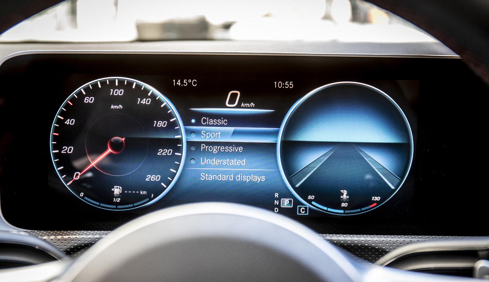 Foto de Mercedes-Benz CLA Coupé 2019, toma de contacto (215/248)