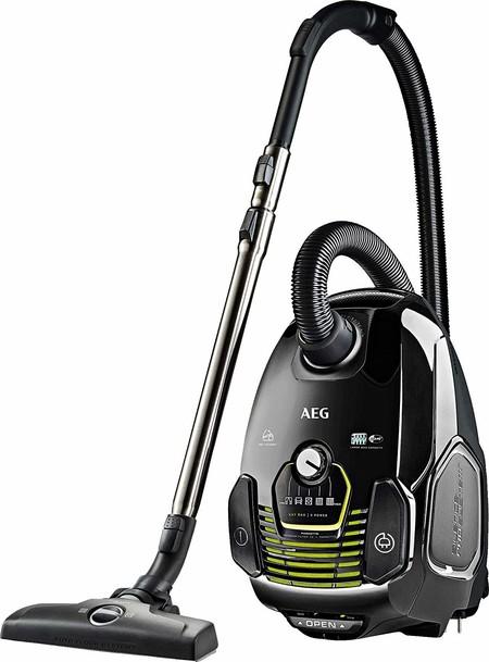 Oferta del día en el aspirador de tipo trineo AEG VX7-2-ECO: hasta medianoche su precio será de 119 euros con envío gratis.