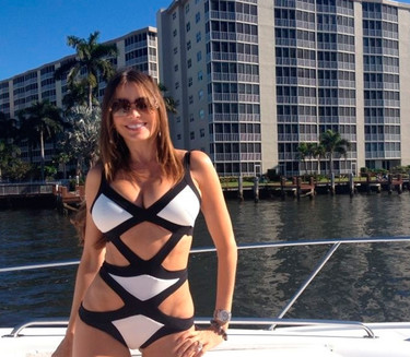 Hay bikinis que no favorecen a nadie, salvo a Sofía Vergara