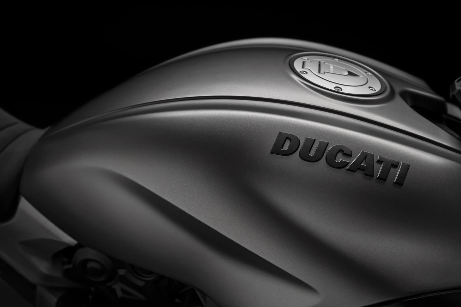 Foto de Ducati Diavel 2019 (32/50)